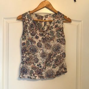 Cute Reneec paisley top